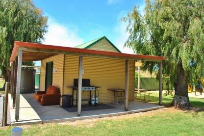 Bathers Paradise Caravan Park Esperance Camp Kitchen with TV